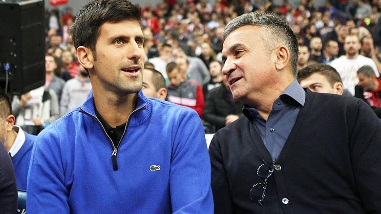 Bố Djokovic cáo buộc Federer từng 'tấn công' con trai - Ảnh 1